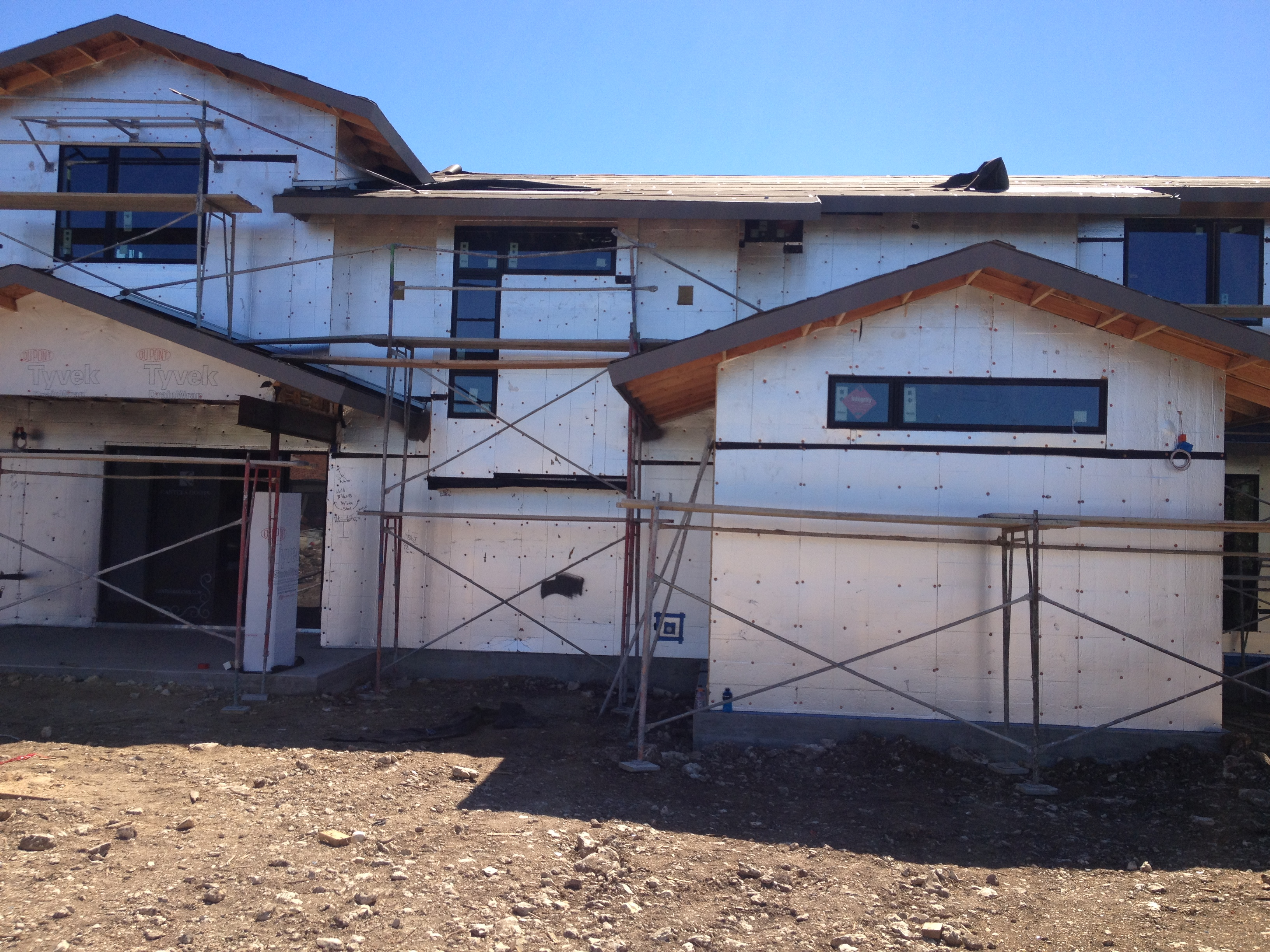 Energy efficient kelly wunsch homes for Exterior insulation
